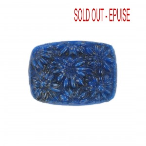 Barrel shaped cabochon with embossed flowers, lapis 36x27 mm