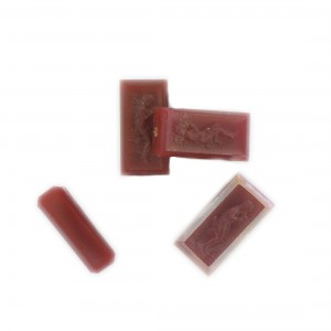 Rectangular bead with matt engraved character on 2 faces, cornelian 18x9 mm