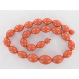 Bakelite necklace with different sizes olive beads, coral red