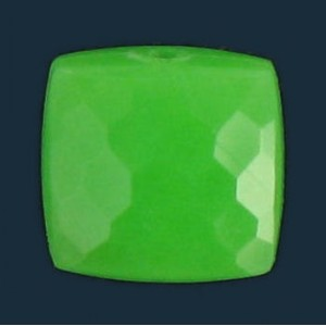 faceted and curved square, green 9 mm
