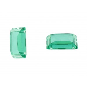 Two holes stone, emerald 16x25 mm