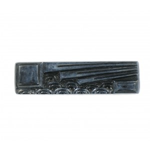 Rectangular cabochon with embossed art deco pattern, metallized black 37x10 mm