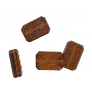 Octagonal bead with engraved arabesques on 2 faces, smoked topaz 21x14 mm