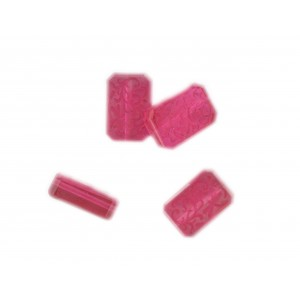 Octagonal bead with engraved arabesques on 2 faces, fuchsia 16x11 mm