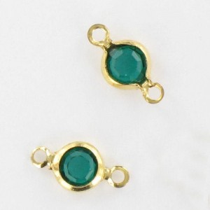 Channel with Swarovski stone, emerald 9x5 mm