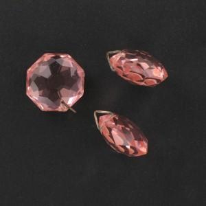 Pierre taillée à l'identique des 2 côtés, 1 trou décentré, rose 17 mm