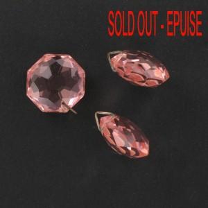 Pendant taillé avec anneau, rose 17 mm