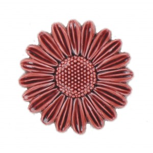 Claret coloured flower 32 mm