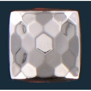 faceted and curved square silver colored 9 mm