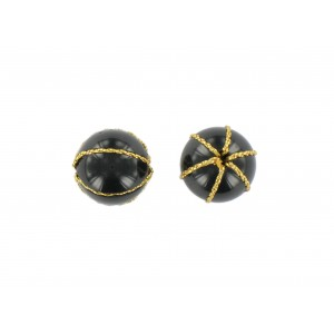 Black round bead encircled with gilt metal thread 16 mm