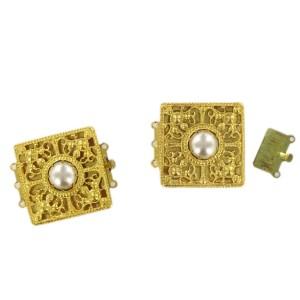 Fermoir carré ajouré doré trois rangs, 28 mm